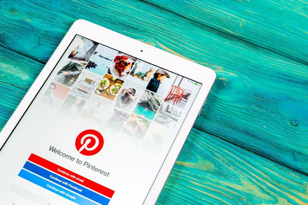 Pinterest application icon on Apple iPad